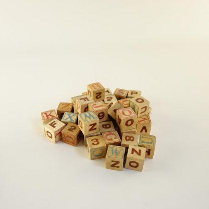 jeu-de-cubes-alphabetique-3
