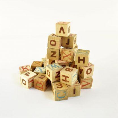jeu-de-cubes-alphabetique-base