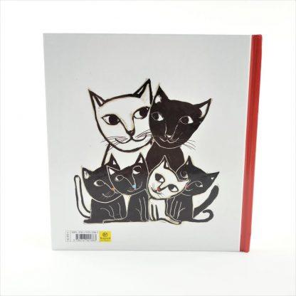 shiro-le-petit-chat-blanc-2