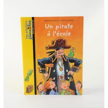 un-pirate-a-l-evole-mes-premiers-j-aime-lire-base