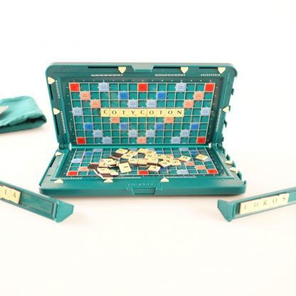 scrabble-de-poche-magnetique-base