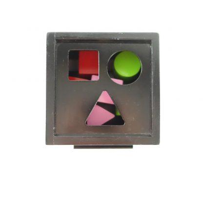 boite-a-formes-laquee-noire-brio-3