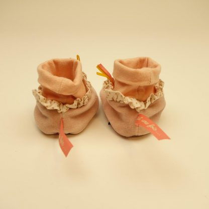 chaussons-rose-il-etait-une-fois-moulin-roty-1