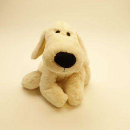 peluche-chien-blanc-allonge-1