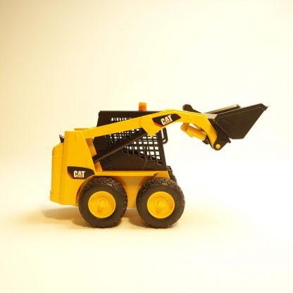 chargeur-caterpillar-bruder-2