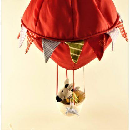 montgolfiere-et-ses-3-animaux-4